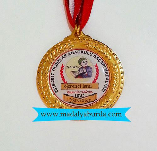 isimli madalya örneği