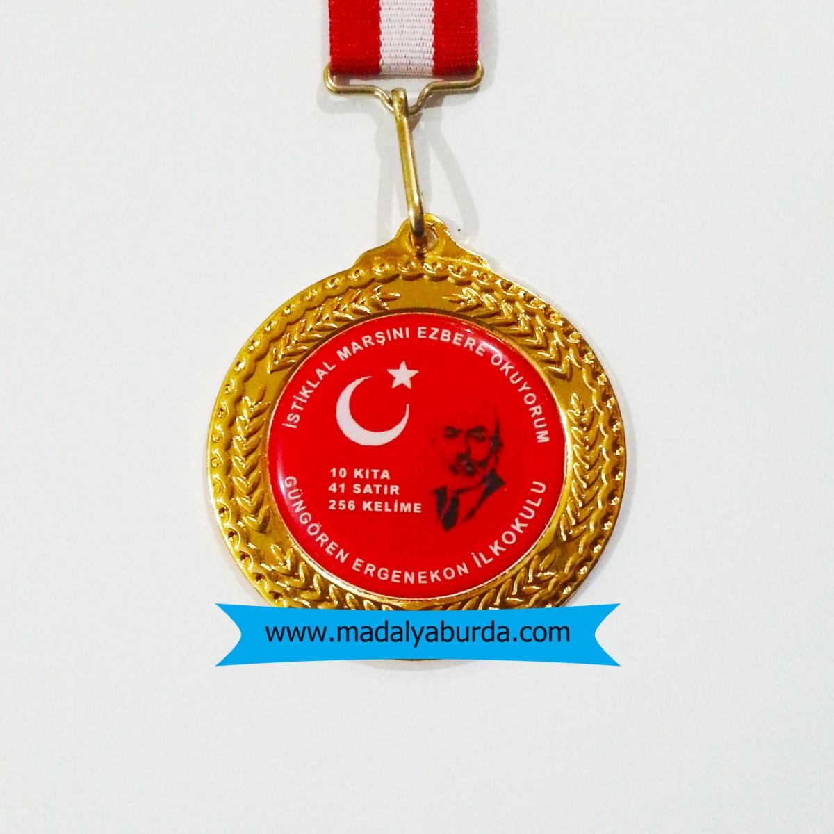 İstiklal marşı ezbere okuma ödülü